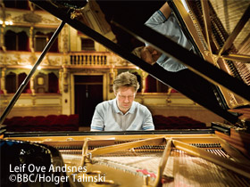 Leif Ove Andsnes and the Mahler Chamber Orchestra